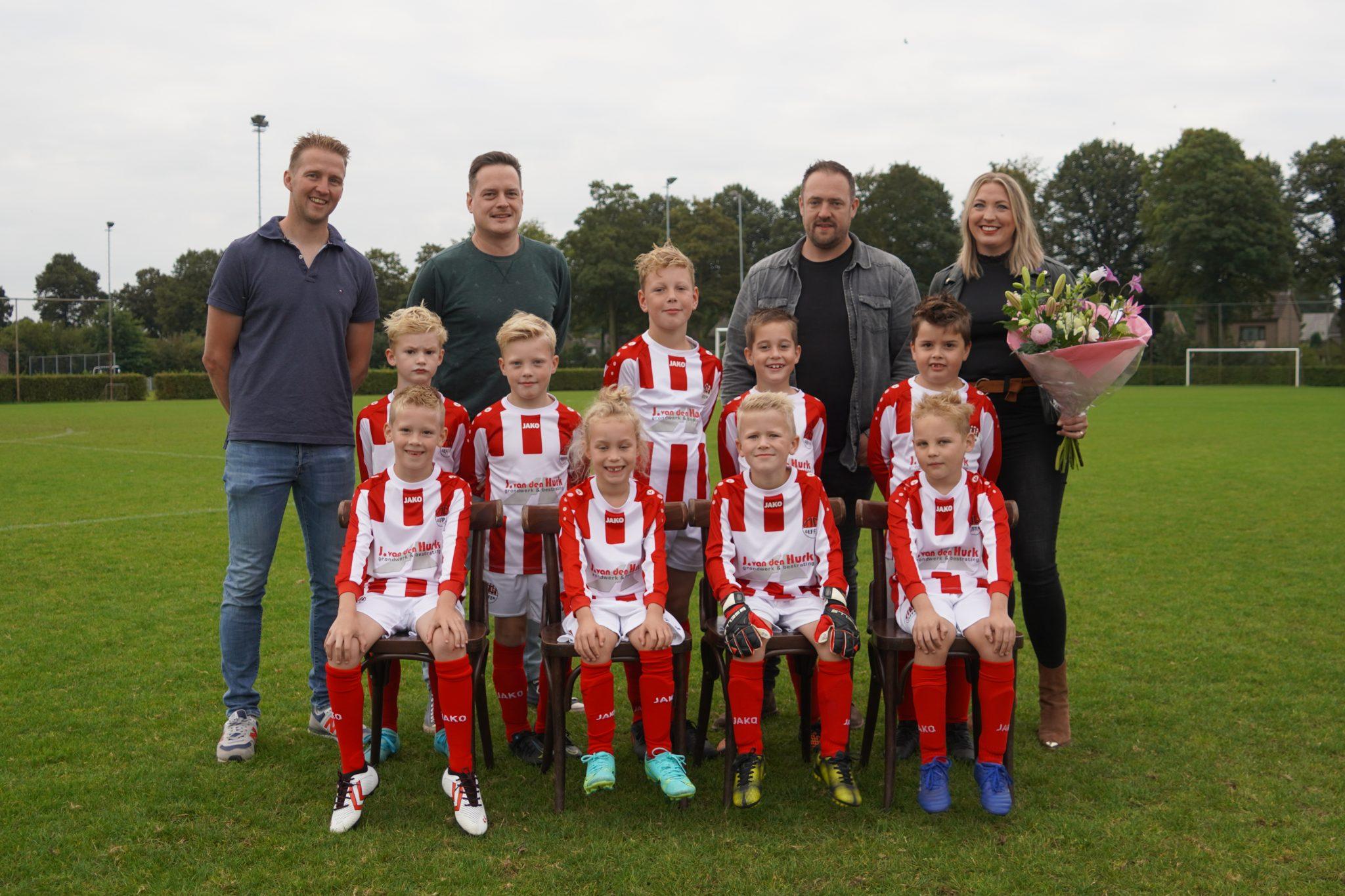 J. van den Hurk shirtsponsor JO8-1